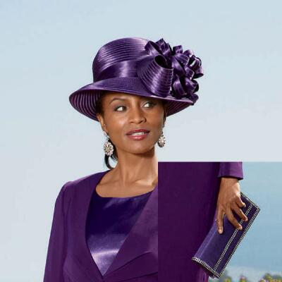Plum Perfect Hat and Handbag Set by BMJ Studio