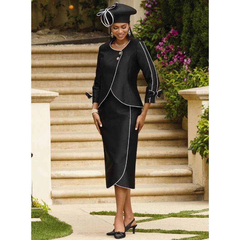 Elegant Outlines Suit by EY Signature