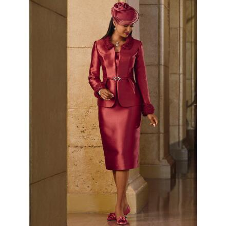 Principessa Suit by LUXE