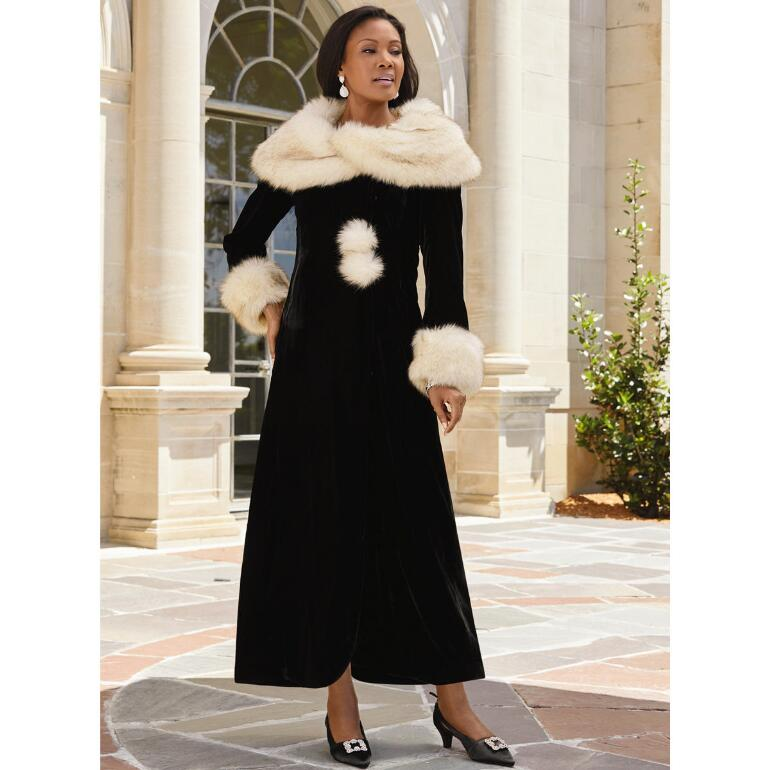 Wrapped in Velvet 'n' Faux Fur Coat by LUXE